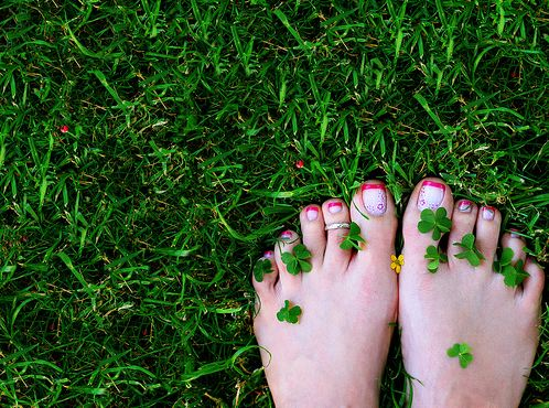 http://defouloir.cowblog.fr/images/pieds-copie-1.jpg